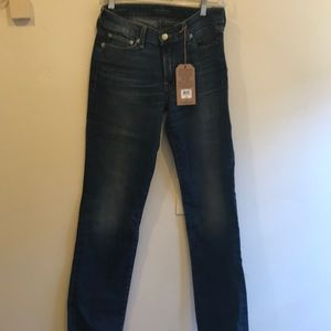 Brand new never worn Lucky Jeans size 27